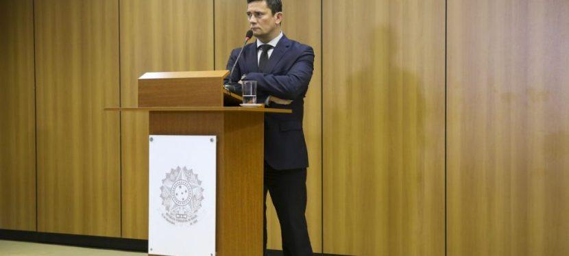 """Mesa de Estudos e Debates: """"O Pacote Anticrime: impactos na política criminal brasileira""""."""