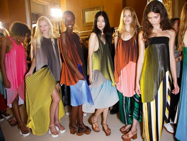 Stella-McCartney-SS16-trend-spring-2016-fashion-HOLD-IMAGE-min